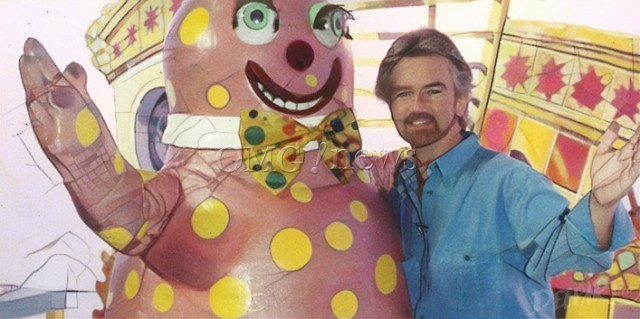 How Did These Terrible Songs Get to Number 1 - Mr Blobby