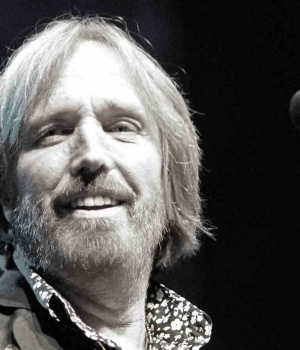 Legend Rocker Tom Petty Dies At Age 66