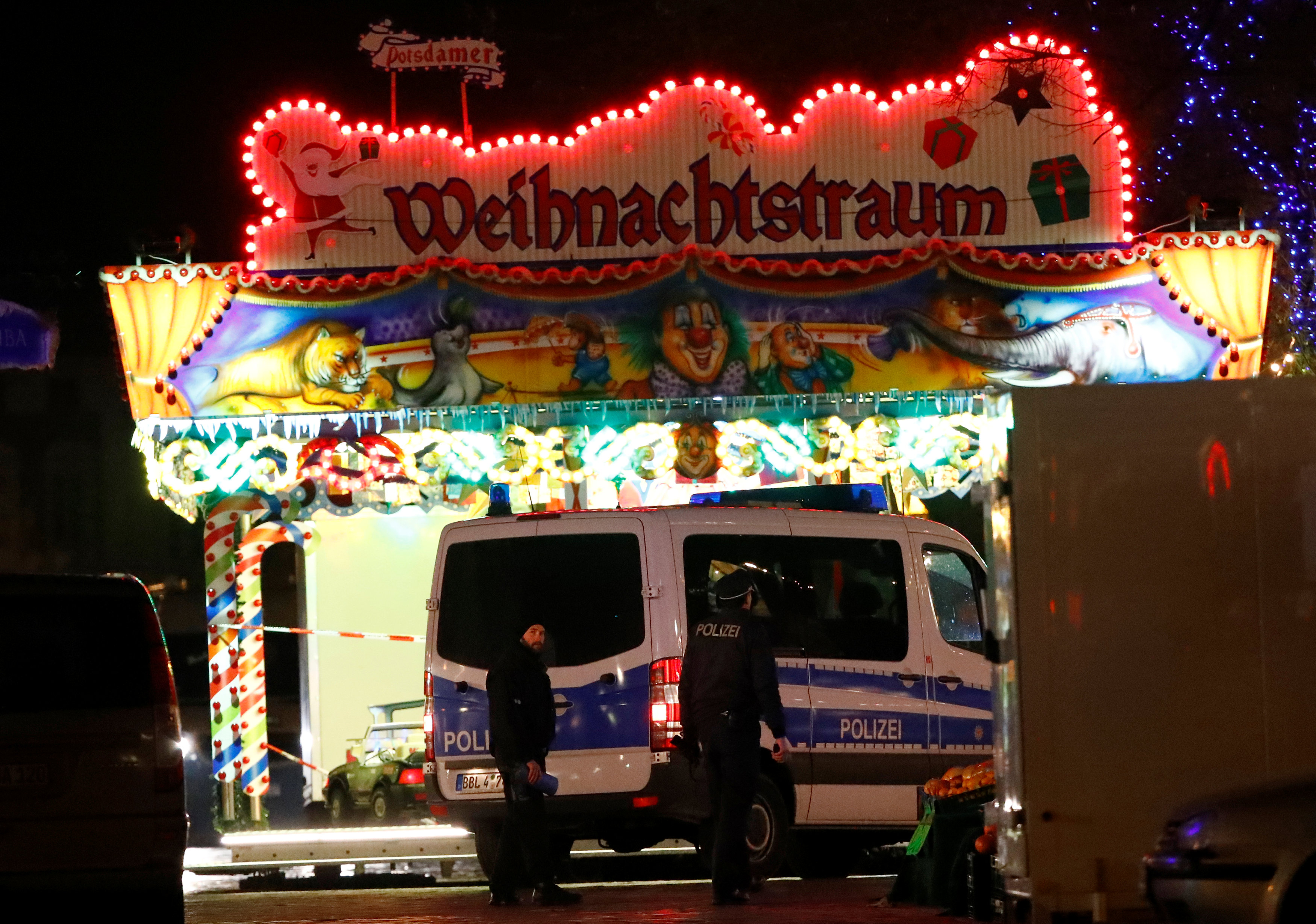 Evacuated Christmas market in the German city of Potsdam