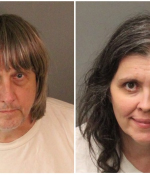A combination photo of David Allen Turpin (L) and Louise Ann Turpin as they appear in booking photos in Riverside County