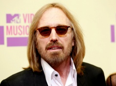 Musician Tom Petty arrives for the 2012 MTV Video Music Awards in Los Angeles