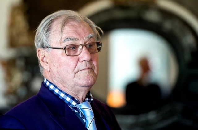 Prince Henrik suffers from dementia