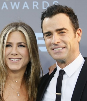 Actors Jennifer Aniston and Justin Justin Theroux arrive at the 21st Annual Critics' Choice Awards in Santa Monica