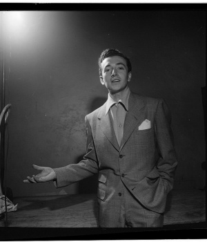 U.S. Singer Vic Damone Dies at Age 89