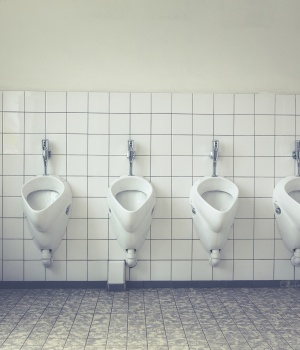 Inactivity tied to bladder problems in middle-aged men