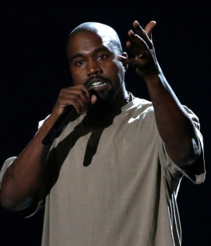 Kanye West accepts the Video Vanguard Award at the 2015 MTV Video Music Awards in Los Angeles