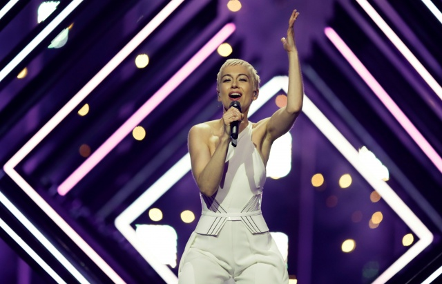 """United Kingdom's SuRie performs """"Storm"""" during a dress for Eurovision Song Contest 2018at the Altice Arena hall in Lisbon"""