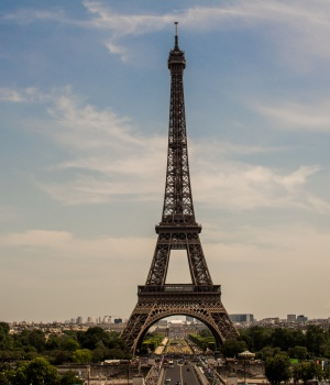 Two French agents accused of spying for foreign power