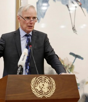 Philip Alston, the U.N.'s special rapporteur on extreme poverty and human rights, attends a news conference in Beijing