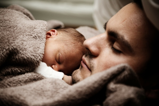 Fathers' antidepressant use doesn't worsen babies' health risks