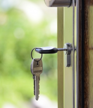 Real estate startup Opendoor's valuation tops $2 billion after funding