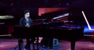 """Jamie Cullum performs during a special concert """"The Queen's Birthday Party"""" in London"""