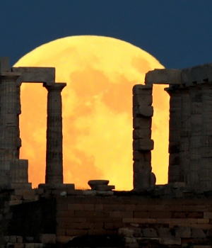 Lunar eclipse in Greece