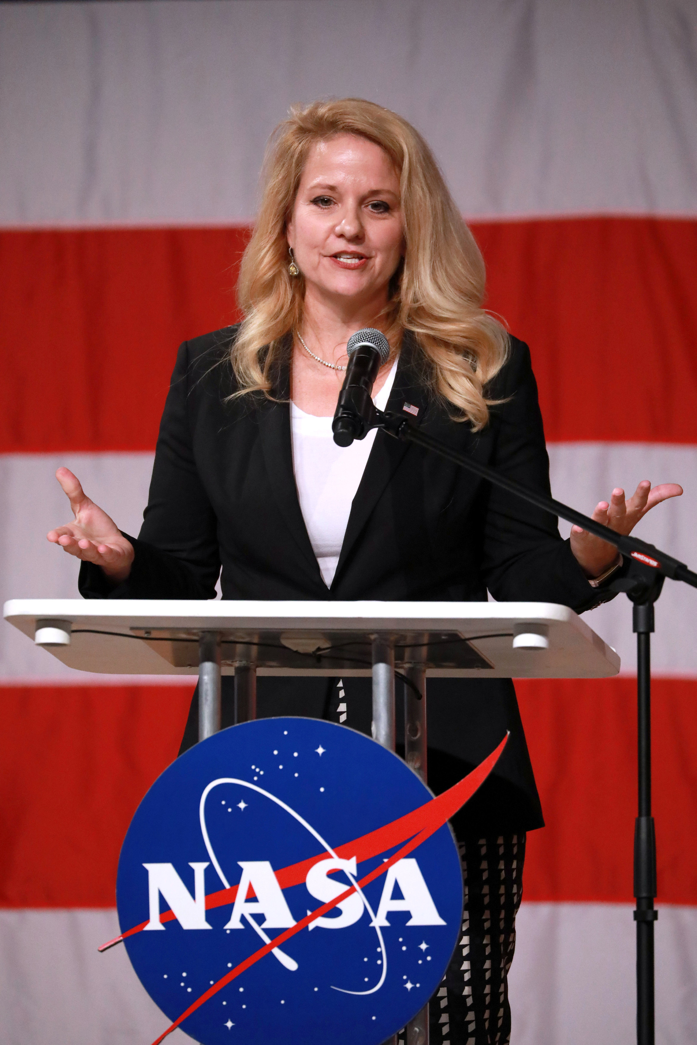 SpaceX COO Shotwell speaks before NASA announces crew assignments for Boeing CST-100 Starliner and SpaceX Crew Dragon in Houston