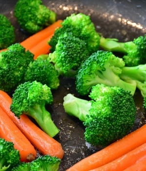 The right plate might nudge kids to eat more veggies