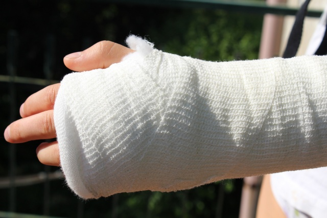 Broken bones tied to increased risk of death for up to 10 years