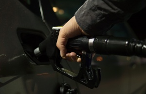 Stuck in Moscow and no time to refuel your car? startups will do it for you