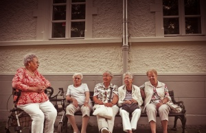 Older people with more friends do better at preventive health