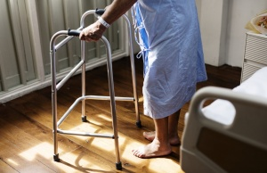 Fall risk may increase after heart attack patients leave hospital