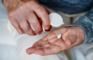 Most older adults would willingly take fewer medicines