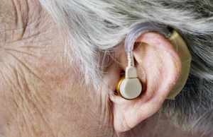 Untreated hearing loss tied to cognitive decline in older adults