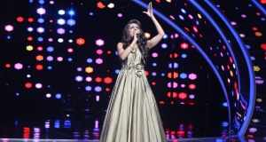 Gay actor-model Sushant Divgikar performs as a drag queen on a singing reality show on Indian television channel Zee