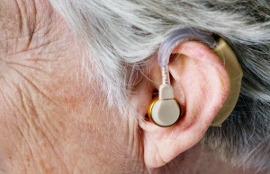 Untreated hearing loss linked to higher health costs, more hospitalizations